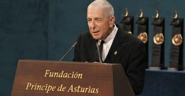 Cómo hablar en público como Leonard Cohen