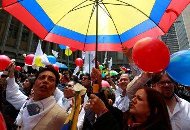 Manifestación en favor de la paz en Colombia