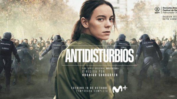 Cartel de la serie antidisturbios